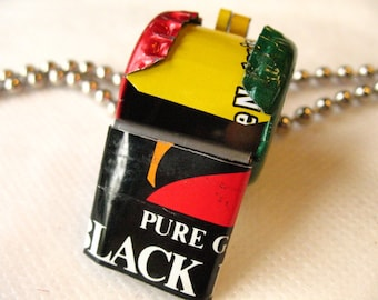 African Flag Whistle with Mangoes
