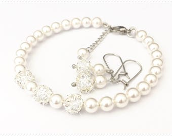 Bracelet and earring set, wire bracelet, stainless steel bracelet, surgical steel, pearl bracelet, Bridesmaid bracelet set, bridal bracelet