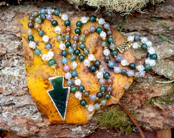 Indian Agate and Icy Quartz Mala Necklace with Gold-Edged Green Agate Arrowhead