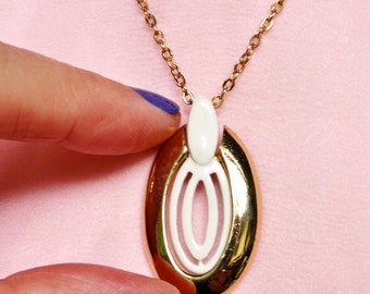 Vintage White Enamel Gold Tone Pendant Necklace