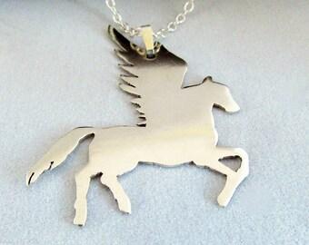 Pegasus-argent Sterling Pégase - cheval ailé pendentif en argent-fantaisie collier – anniversaire cadeau - cadeau de la Saint-Valentin - fête des mères