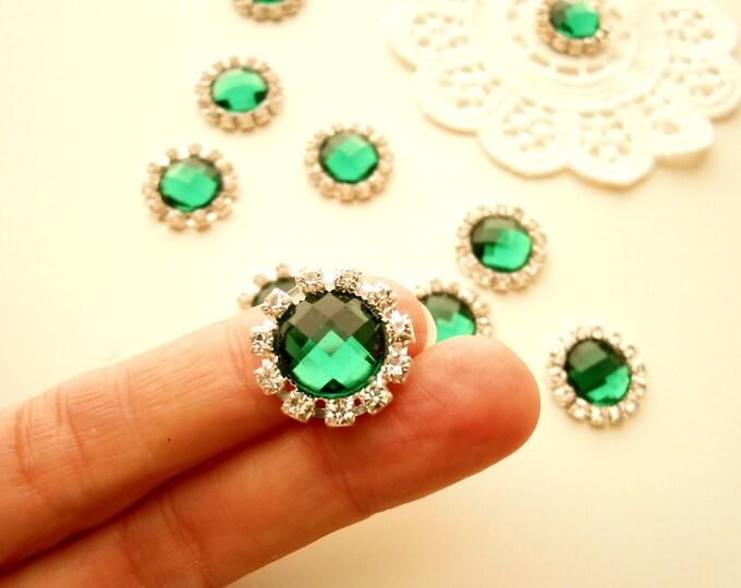 10 Emerald green rhinestone metal cabochons, Faceted green cabochons, Synthetic crystal cabochons, Rhinestone green embellishment