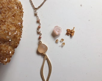 Gold Plate and Faceted Rose Quartz Stone and Gemstone Chain Necklace
