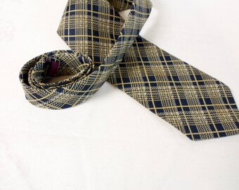 Vintage 1960s blue yellow white plaid wide necktie by Mans World Traditionals