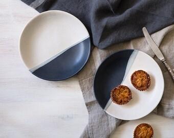 Ceramic Plate, Black & White Stoneware Plate, Pasta Serving Plate, Modern Pottery Plate, Minimalist Dessert Plate, Salad Plate, Rustic Plate
