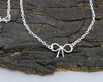 Necklace Silver Ribbon