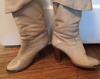 Vintage 1980's women's Zodiac leather slouch boots. Size 8