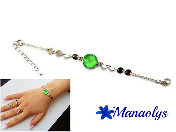 Bracelet fine cabochon green glass, silver chains, gift idea, birthday, mothers day