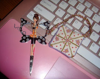 Flower Scissor Keep - pattern