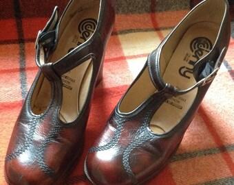 90s Heels T Strap Heels High Heel Sandals Brown Pumps US 9 EU 40 UK 7