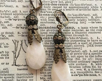 Mother of pearl!: vintage assemblage earrings, repuposed jewelry, boho bling