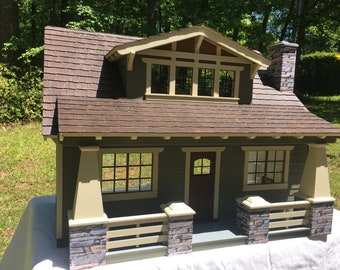 Country Bungalow Dollhouse