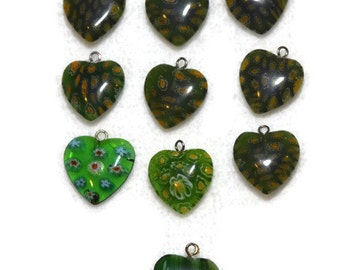 Green Hearts Flower Heart Pendants Green with inlayed flowers - Millefiori Beads Set of 10