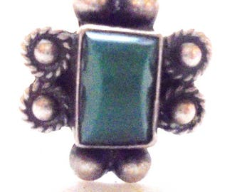 Vintage Sterling Silver Green Turquoise Southwestern Ring size 6 1/2