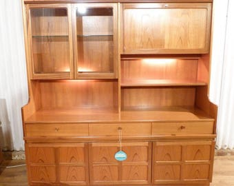 Lovely Nathan/Parker Knoll teak glass display cabinet wall unit