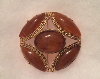 Vintage Gold Tone Brooch with Amber Tone Cabochon / Warm Tones / Vintage Brooch / Gift Idea for Her