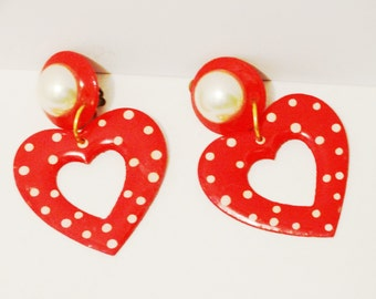 Free Shipping Vintage Signed Faux Pearl Red Heart Earrings.