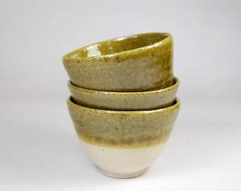 Set of three green stoneware chawan/ set of teabowl/ green ceramic teabowl