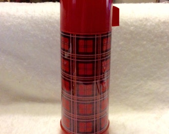 Aladdin plaid thermos vintage 1960s excellent condition. Free ship.