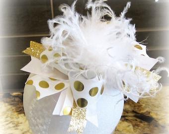 Gold Over the Top, Gold hair Bow, Gold Hairbow, Cake smash Bow, Cakesmash headband, Birthday hair Bow, first Birthday Bow, Pageant hair bow,