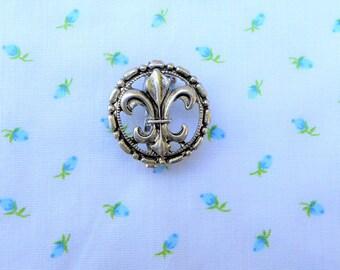 Fleur de Lis Pins / Men's Jewelry / women's jewelry / Fleur de Lis  /  jewelry / men / women  / Fleur de Lis Brooch