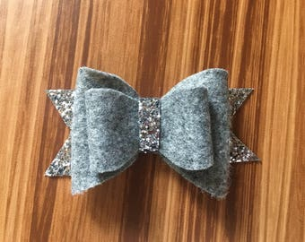 Gray and Sparkle bow kids accessories