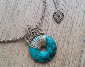 Macrame choker with Turquoise stone
