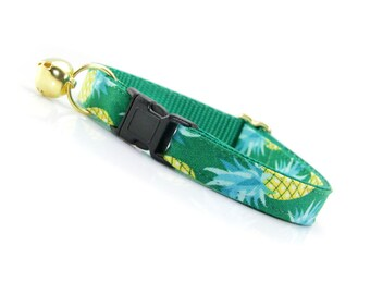 "Tropical Cat Collar - ""Pineapple Aqua"" - Green & Mint Summer Cat Collar Breakaway / Fruit / Hawaii / Cat, Kitten + Small Dog Sizes"