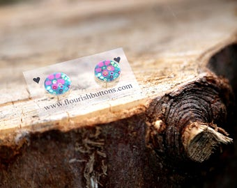 Pink flower shell button studs