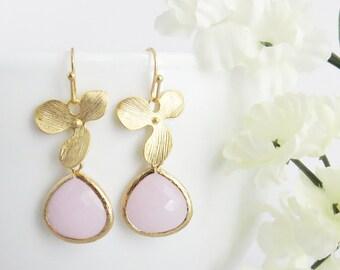 Pink Earrings, Rose Earrings, Light Pink Earrings, Mother Earrings, Mothers Day Gift, Bridesmaid Earrings, Wedding Jewelry, Jewelry Gift
