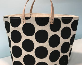 65 South bucket project knitting bag - black spots on flax linen with leather handles