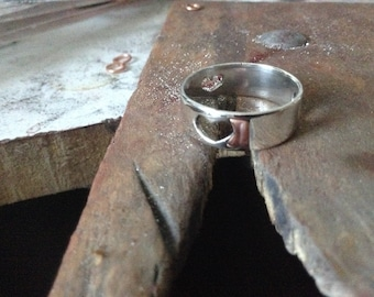 3 hearts plain sterling band ring