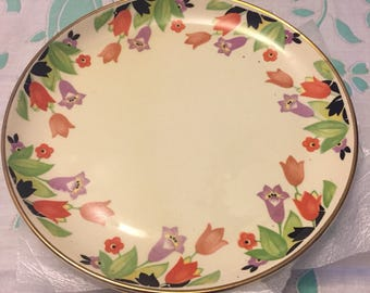 Vintage tulip salad or dessert dish with 22K gold trim