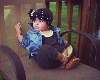 Baby girl grey and white romper, baby bodysuit, baby girl outfit, baby jumper, baby gift,grey romper,children jumpsuit