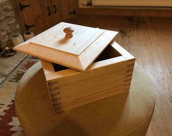 Pine keepsake box handmade