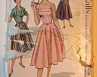 McCalls 8938 Ladies Dress Size 18 Circa 1950's