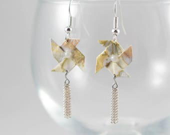 Origami earrings mill to wind gold Origami Japanese paper