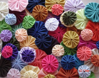 60 Handmade Mixed size Solid Color Yo Yo Fabric Quilt Applique Pieces Suffolk Puff