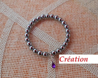 Bracelet of pearls hematite lobster clasp
