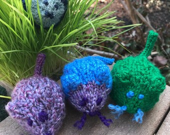 Catnip Mouse - Cute Cat Toy - Hand Knit Toys for Cats - Handmade Organic Catnip Mice