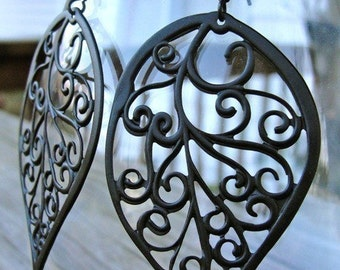 Black Curly Leaf Earrings - garden gate motif, gift, mother, birthday, wife, daughter, sister, bridesmaid, friend, graduation