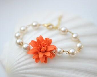 Orange dahlia and Pearls Bracelet. Orange Flower Link Bracelet.