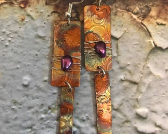 Copper earring, flame-painted coppet, dangle earring, purple freshwater pearl, modern, boho, contemporary, artisan
