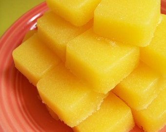 Solid Sugar Scrub Soap Banana Set - Soap Scrub, Hand Soaps, Exfoliating Soap, Soap Favors, Banana Soap, Mini Soap, Mini Scrub, Soap Cubes