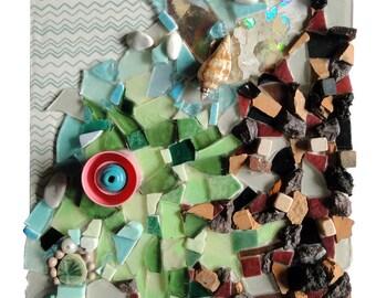 """Art enfant : """"Dragonou et la médaille"""", artisanat techniques mixtes, mosaïque d'art, tableau peinture collage, décoration, pièce unique"""