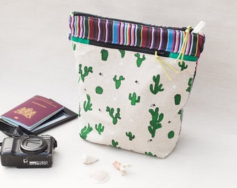 notions pouch / travel organizer / cactus make up bag