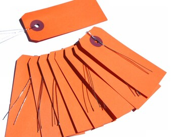 10 Orange labels with wire