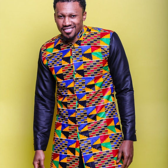 Beautiful printed kente longsleeve african men's shirt. Buttoned to mid-session with chest lined with black . cnQqXl