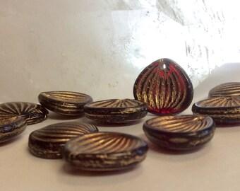 Czech Glass Shell Bead COQUILLES ST. JACQUES Garnet Gold Wash 15mm x 13mm Qty 10