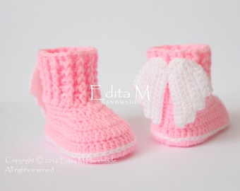 Crochet baby booties, baby shoes, newborn, angel wings, pink, Baptism, Christening, photo prop, baby shower, gift for baby, announcement